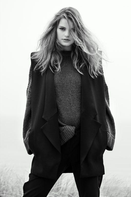 Fashion shoot – Mountain haar los staand